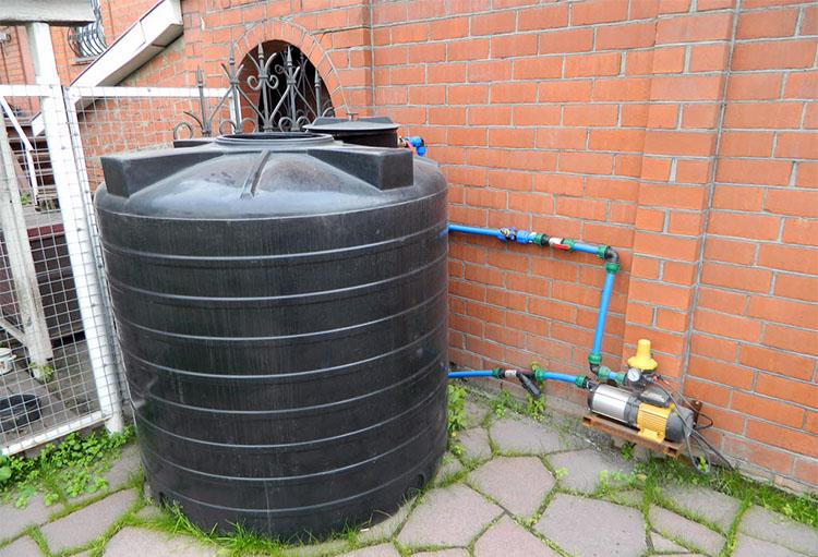 Емкость для полива огорода