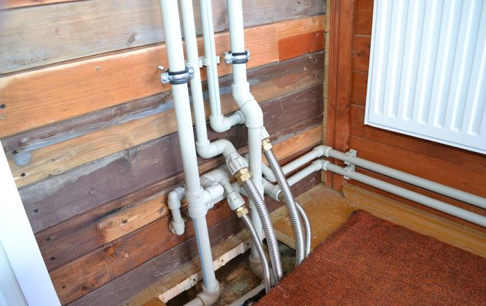 Разводка и монтаж труб из полипропилена в частном доме