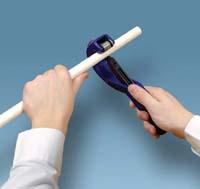 Резка пластиковой трубы своими руками