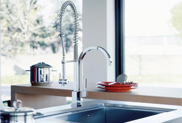 Душ для мытья посуды